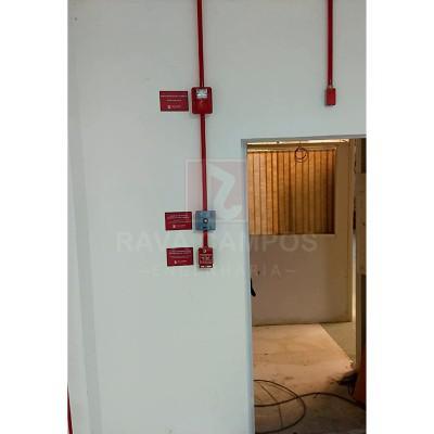 Acionador manual de alarme de incêndio