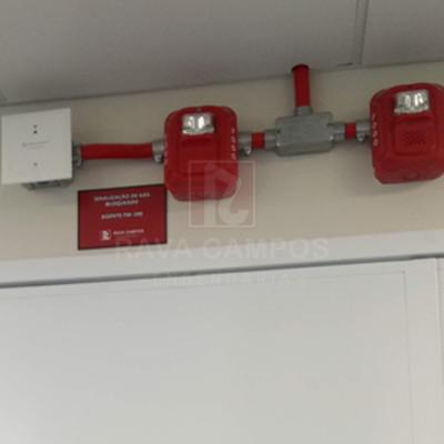 Instalação de detecção de incêndio