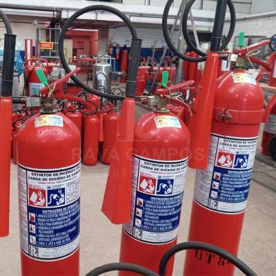 Instalação de extintores de incêndio